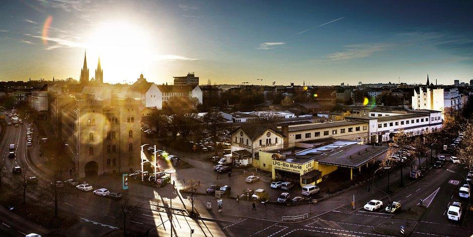 dragoner-areal-in-kreuzberg-investor-droht-bund-mit-forderungen-in-millionenhoehe.jpg