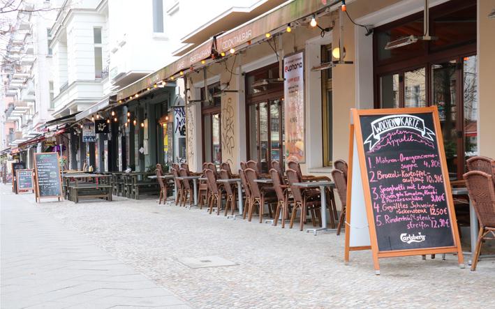 Grüne und Linke verhindern Allgemeinverfügung in der Simon-Dach-Straße